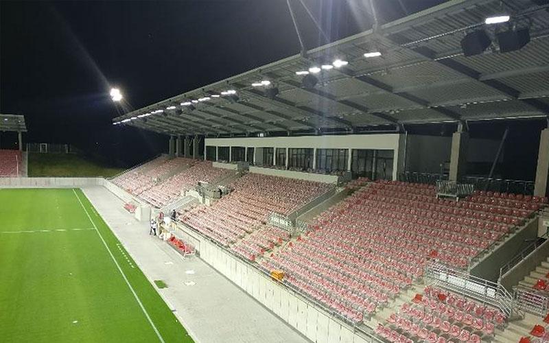 flutlichtanlage-sportplatz2